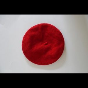Accessories - Red wool beret
